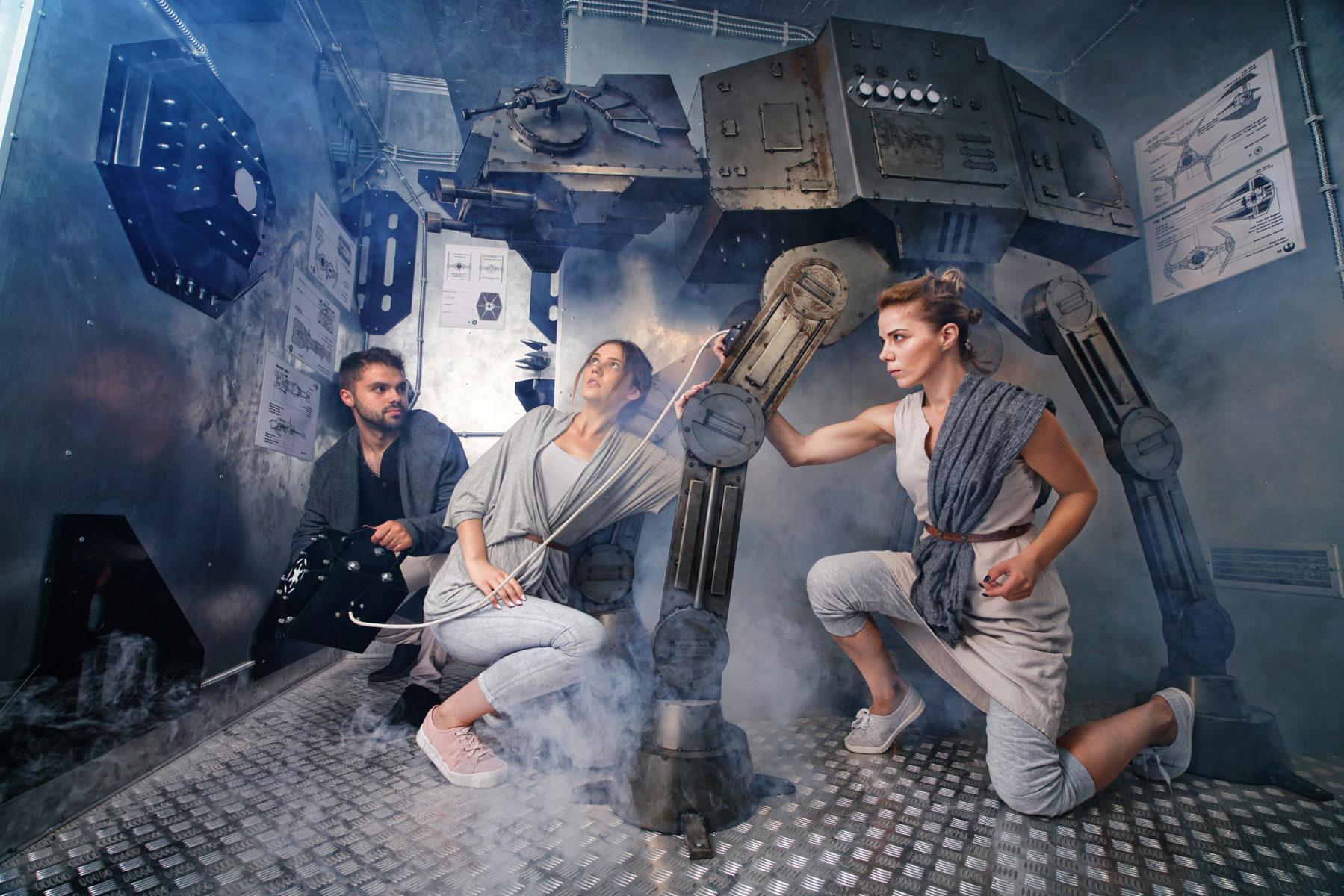 фото квест комнаты Звездные Войны - АТ-АТ робот